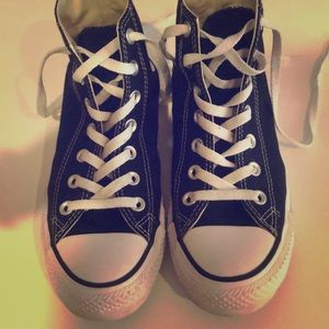 High-top Converse in Black